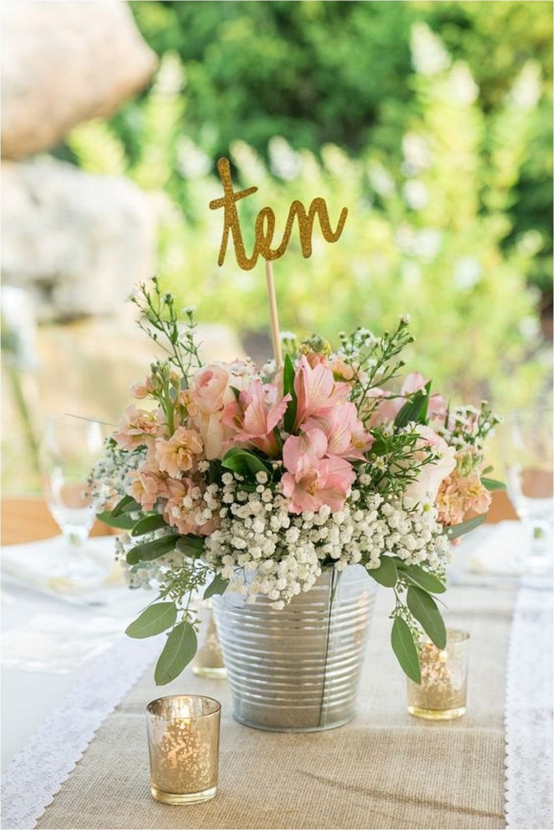10 Lovable Ideas For Wedding Centerpieces On A Budget cheap wedding centerpieces ideas 2017 wedding centerpieces 2 2021