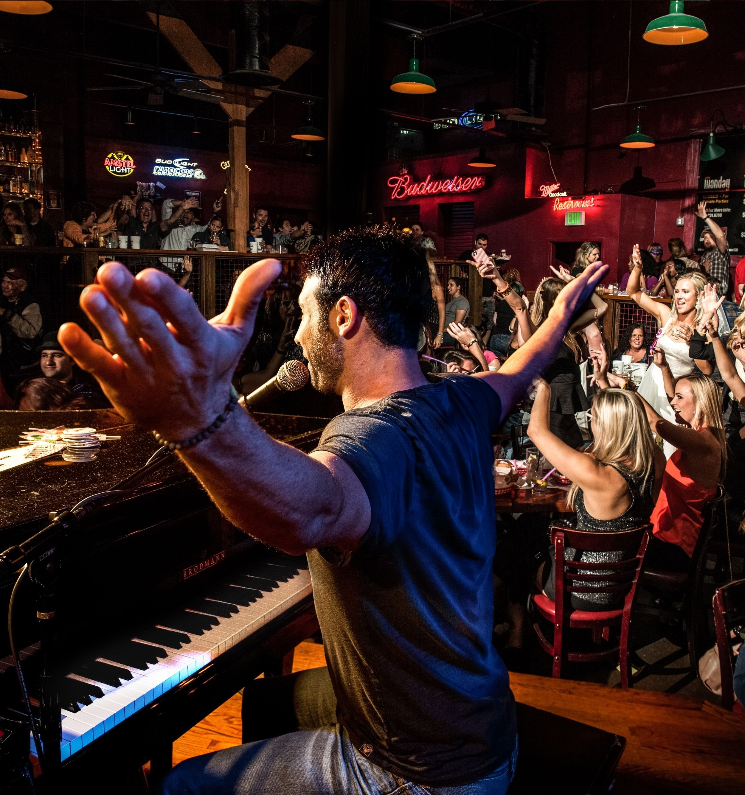 10 Stylish Fun Date Ideas San Diego check out the shout house piano bar in glendale fun date ideas 2020