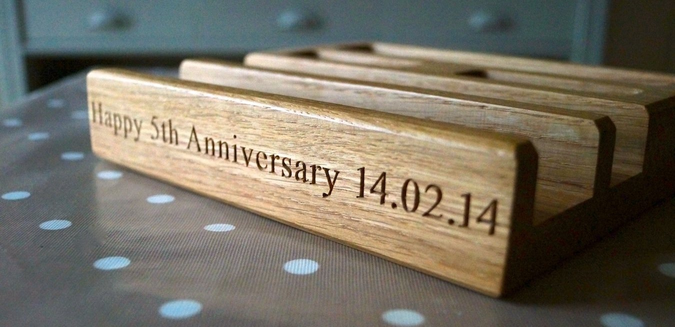 10 elegant 5th year anniversary gift ideas