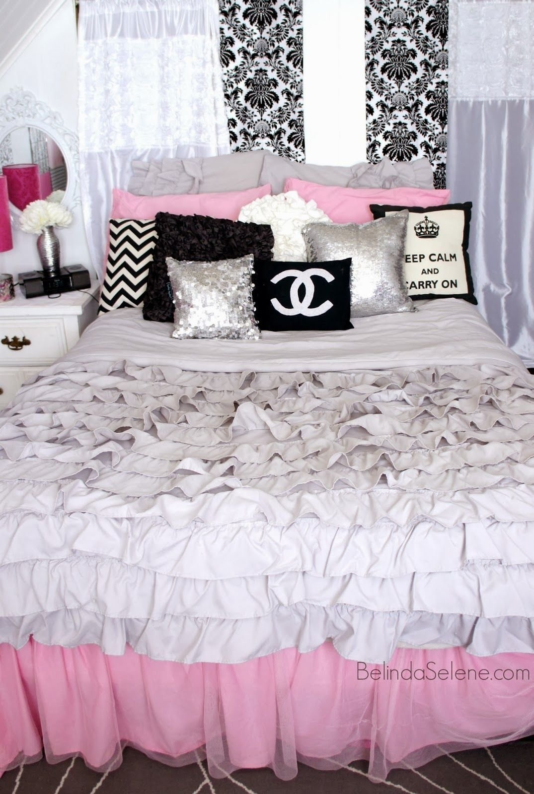 10 Nice Pink Black And White Bedroom Ideas chic pink white and black bedroom chanel themed room www 2020