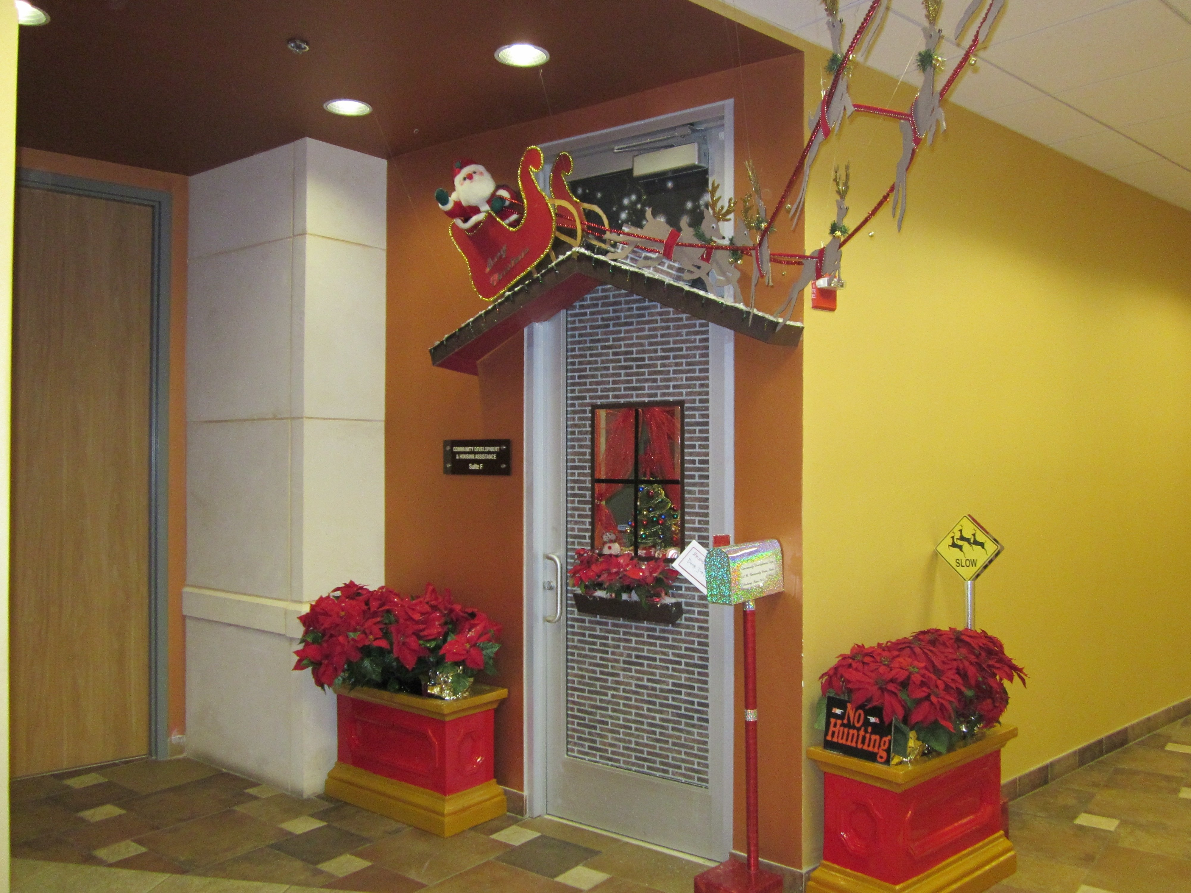 10 Most Recommended Christmas Door Decorating Contest Ideas christmas door decorating contest slideshow dma homes 68549 5