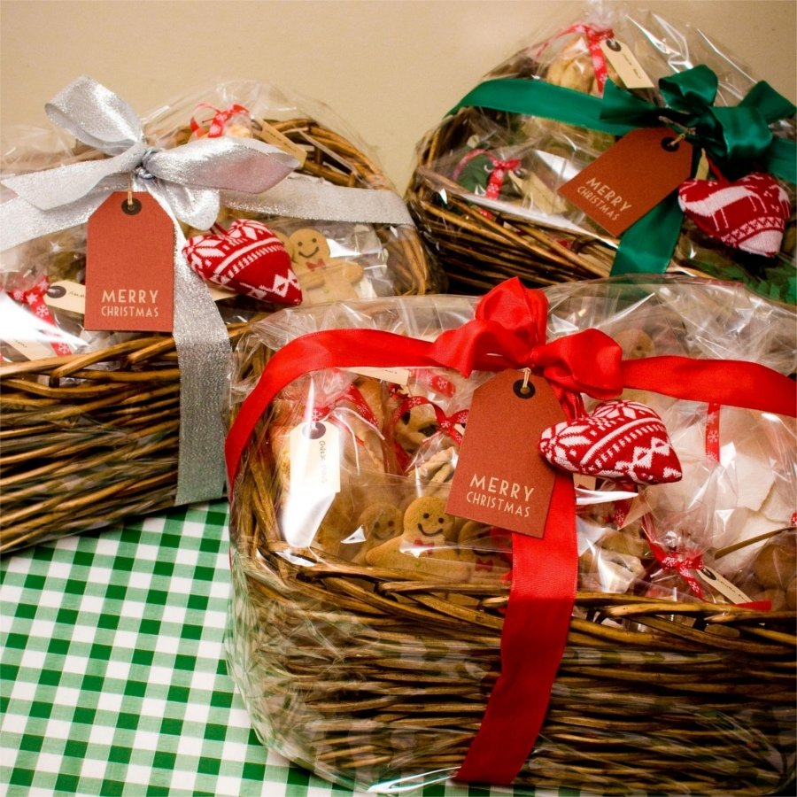 10 Elegant Food Gift Ideas For Christmas christmas gift basket ideas specialty food gifts at your fingertips 2020