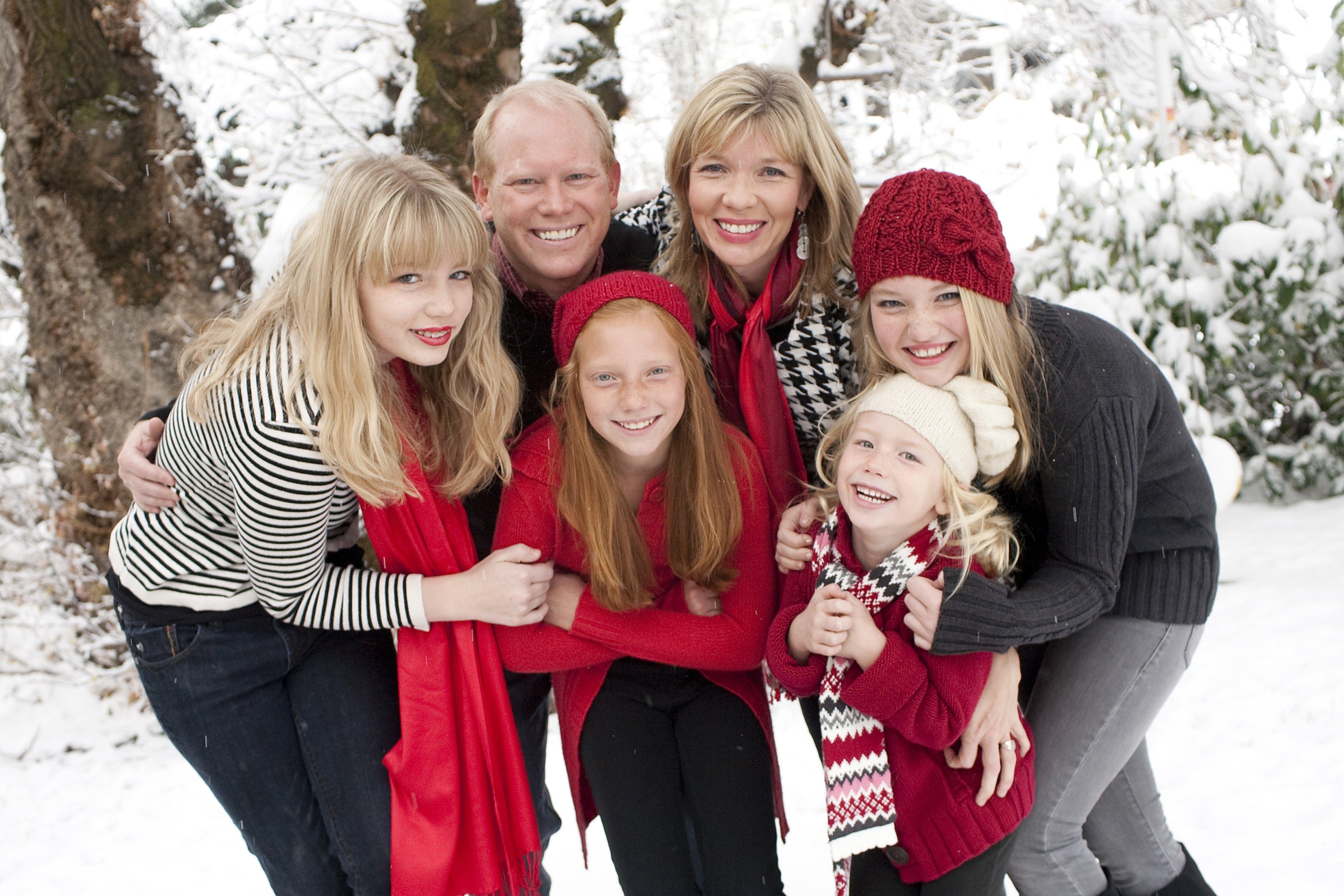 10 Unique Christmas Family Photo Ideas Funny christmas ideas becuo home art decor 42110 3