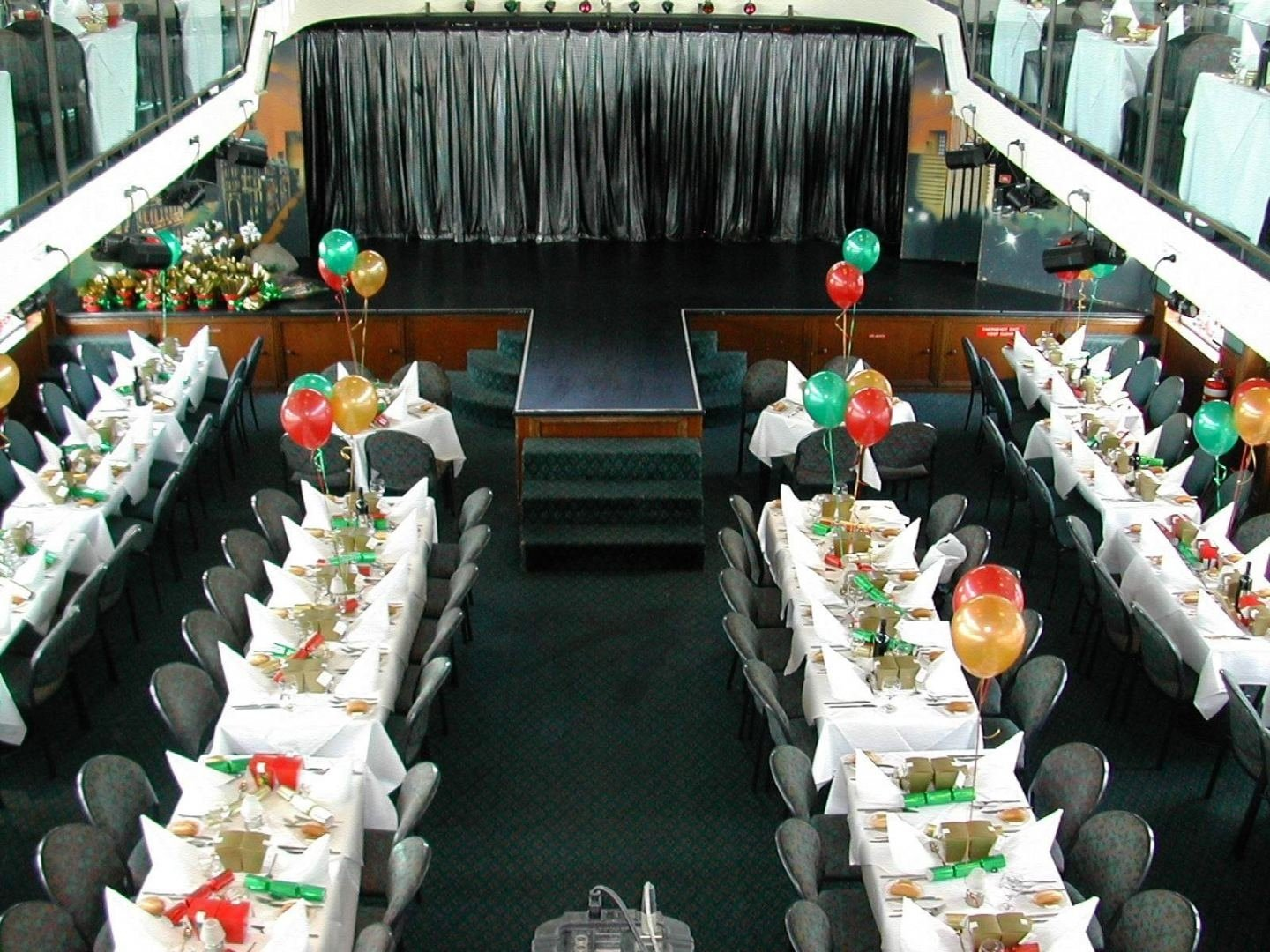 10 Perfect Ideas For Corporate Christmas Parties christmas office party ideas 4 affordable christmas party ideas 1