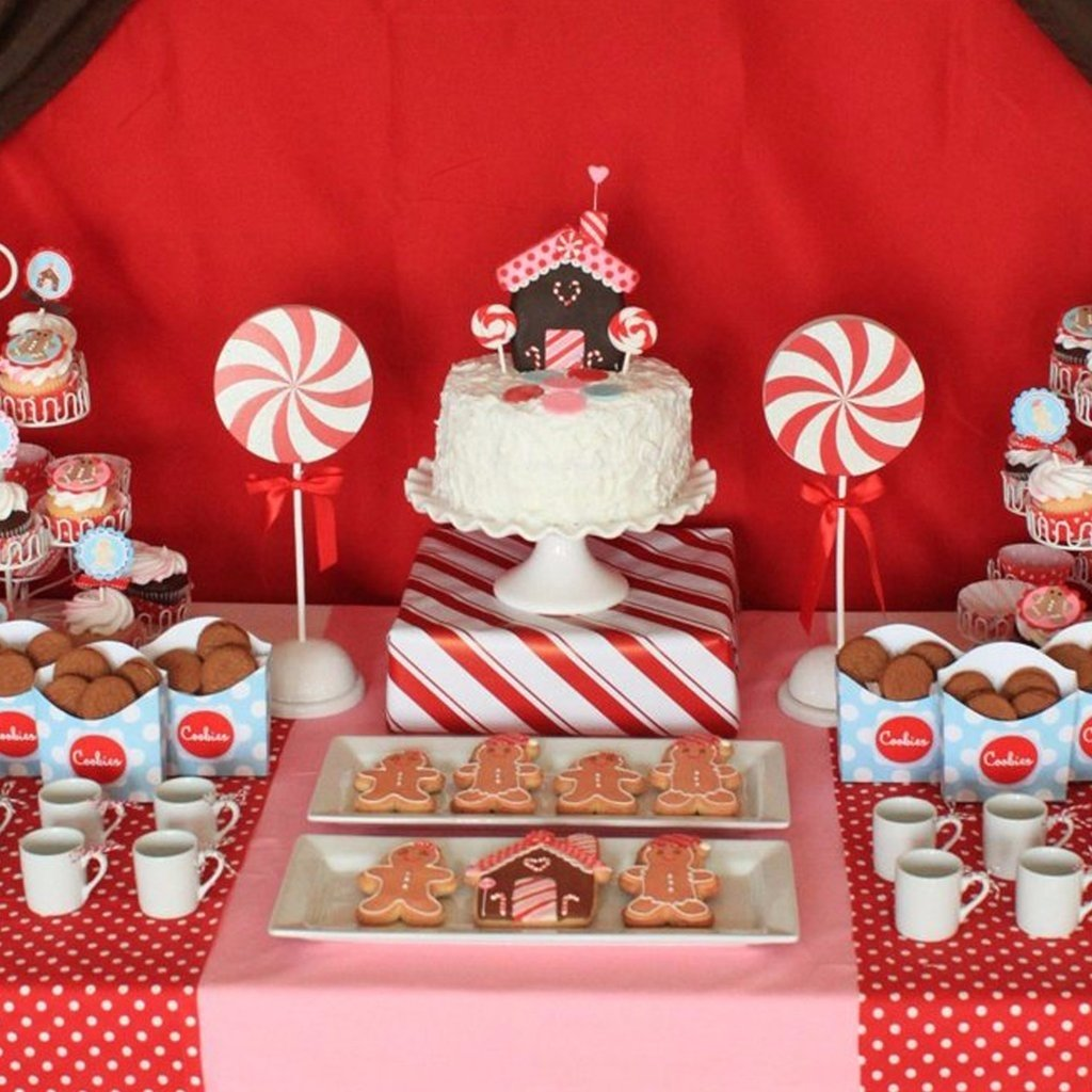 10 Unique Christmas Photo Ideas For Kids christmas party ideas for kids popsugar moms 4