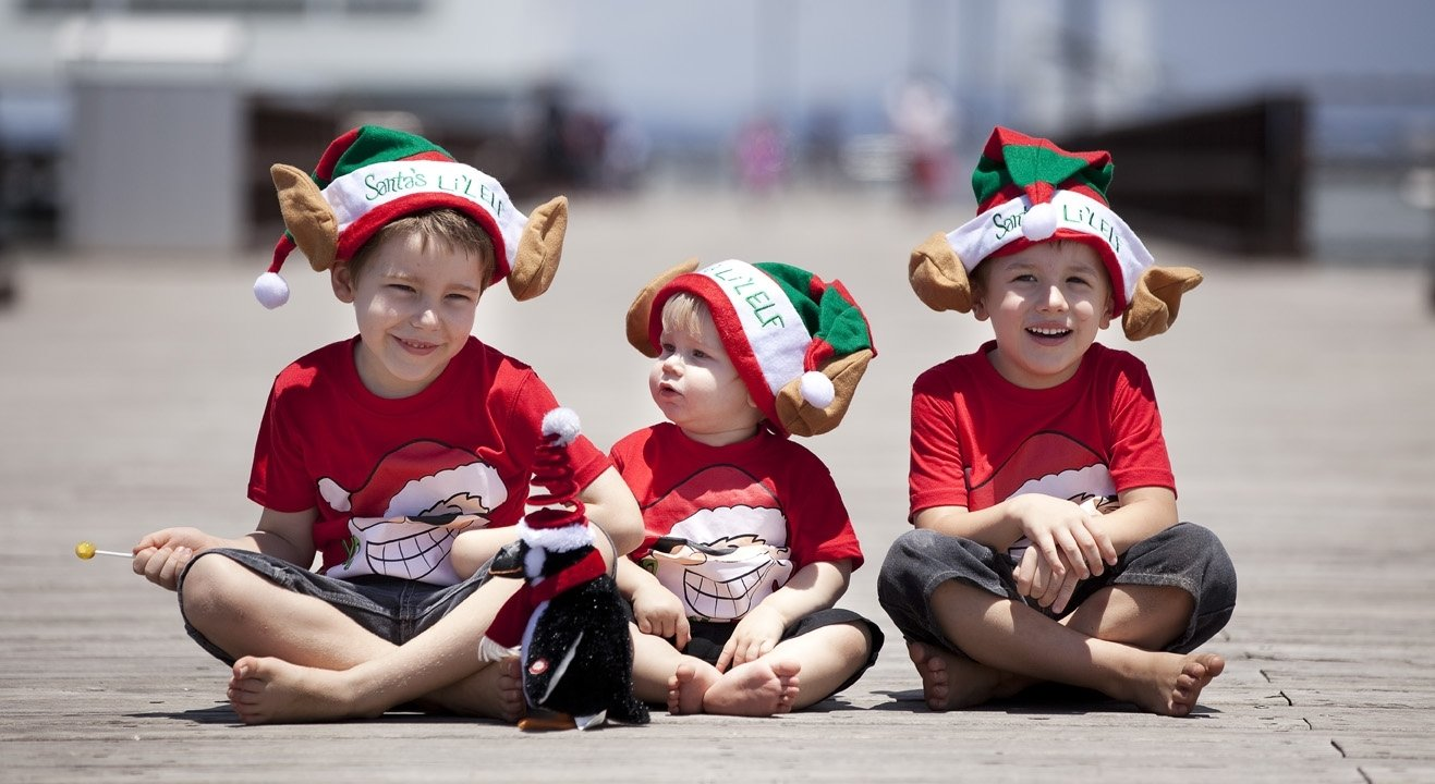 10 Unique Christmas Photo Ideas For Kids christmas photo ideas for kids happy holidays 1