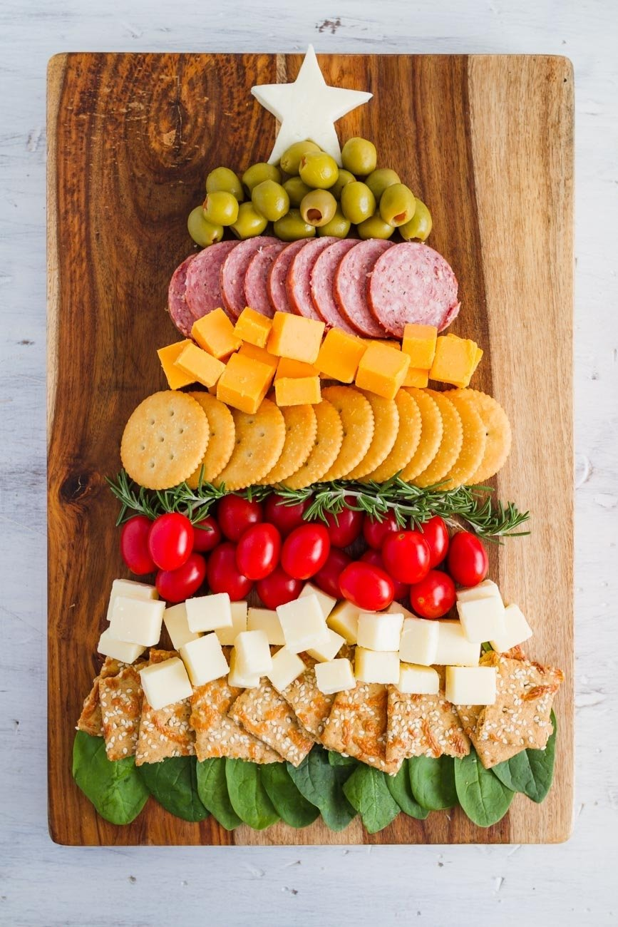 10 Fantastic Cheese And Cracker Tray Ideas christmas tree cheese and cracker tray my name is snickerdoodle 1
