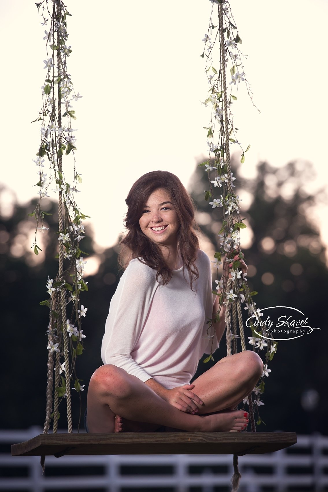 10 Pretty Senior Picture Ideas For Girls Outside class of 2016 senior girl in a swing senior girls outside pictures 2020