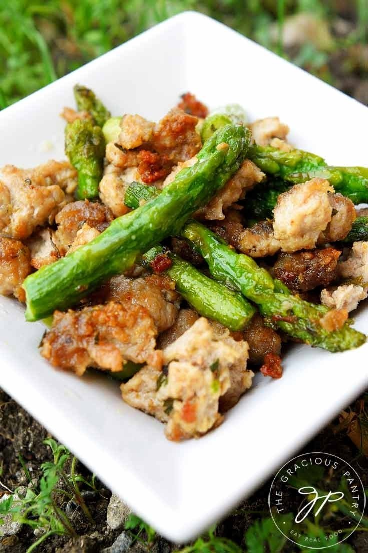 10 Pretty Dinner Ideas For Ground Turkey clean eating ground turkey asparagus skillet the gracious pantry 1