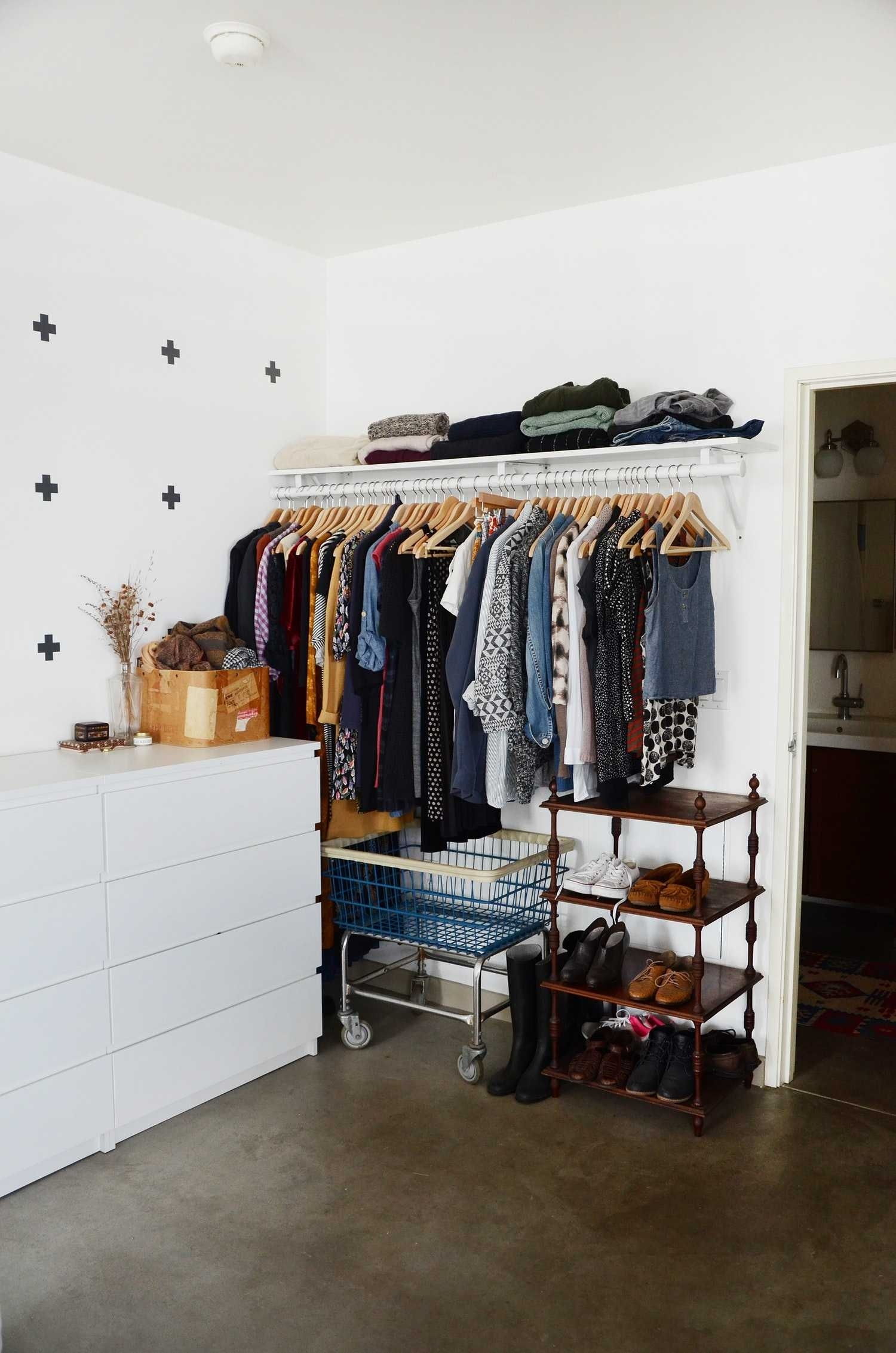 10 Attractive Closet Ideas For Rooms Without Closets %name