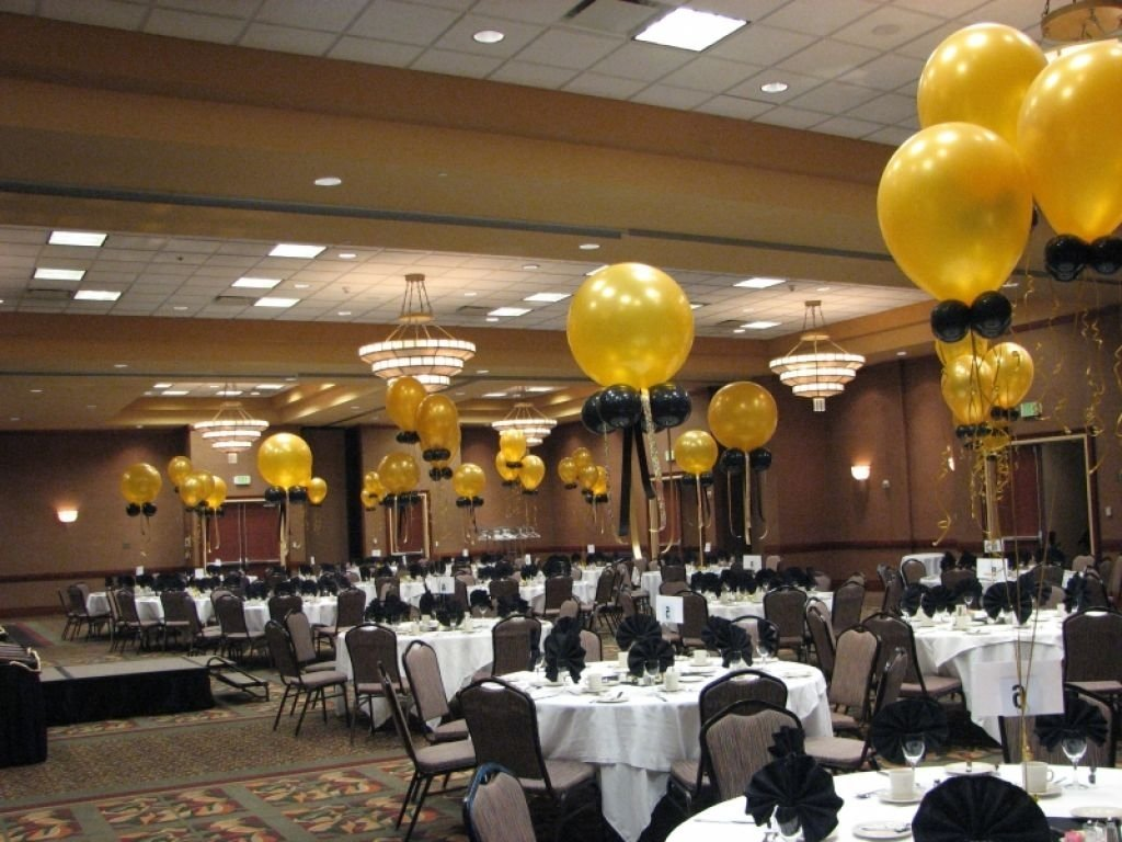 10 Most Recommended Black And Gold Centerpiece Ideas comely accessories for wedding table design and decoration using 2020