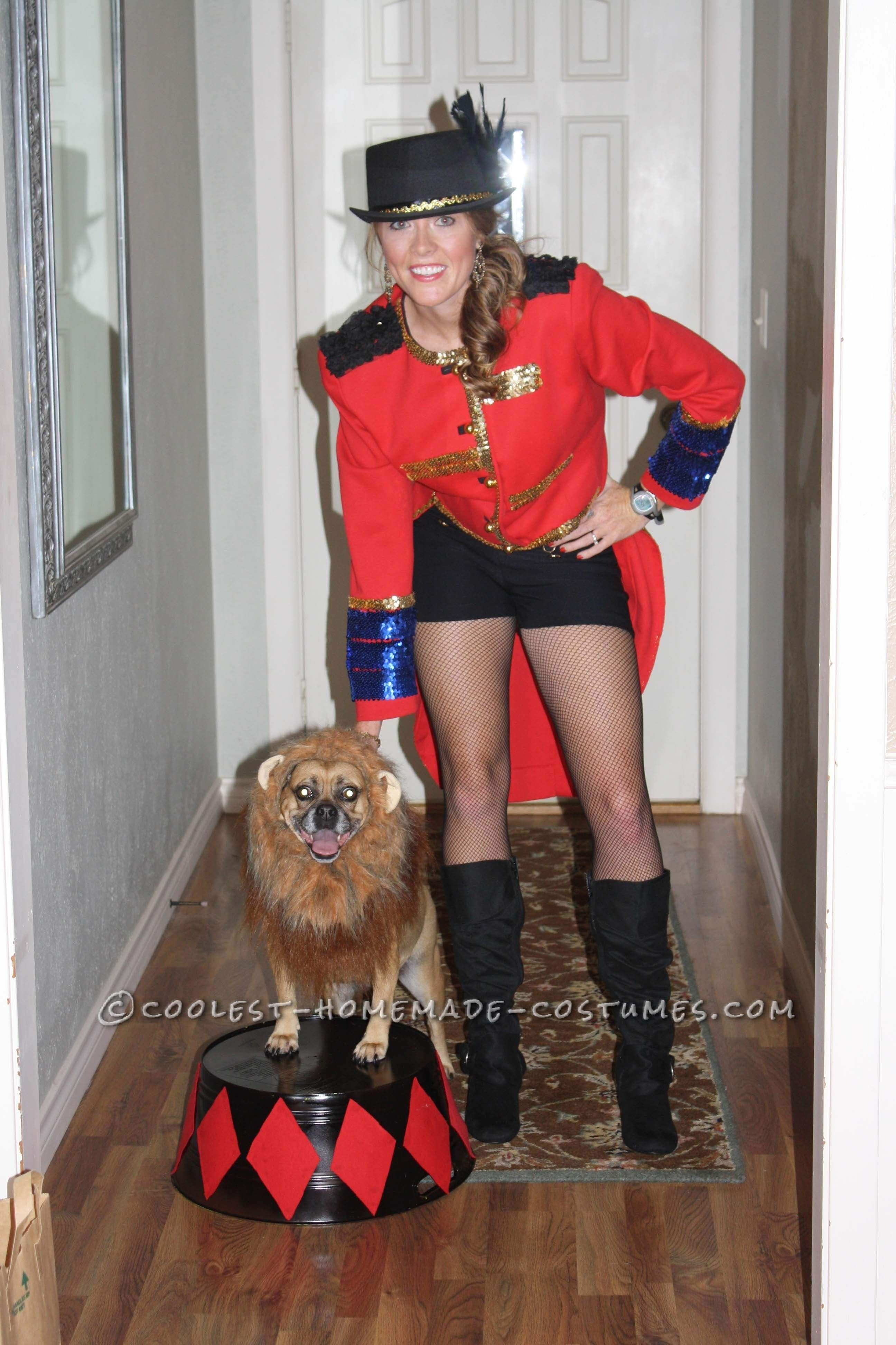 10 Amazing Dog And Owner Costume Ideas cool dog and owner couple costume lion tamer and  sc 1 st  Unique Ideas 2018 & 10 Amazing Dog And Owner Costume Ideas