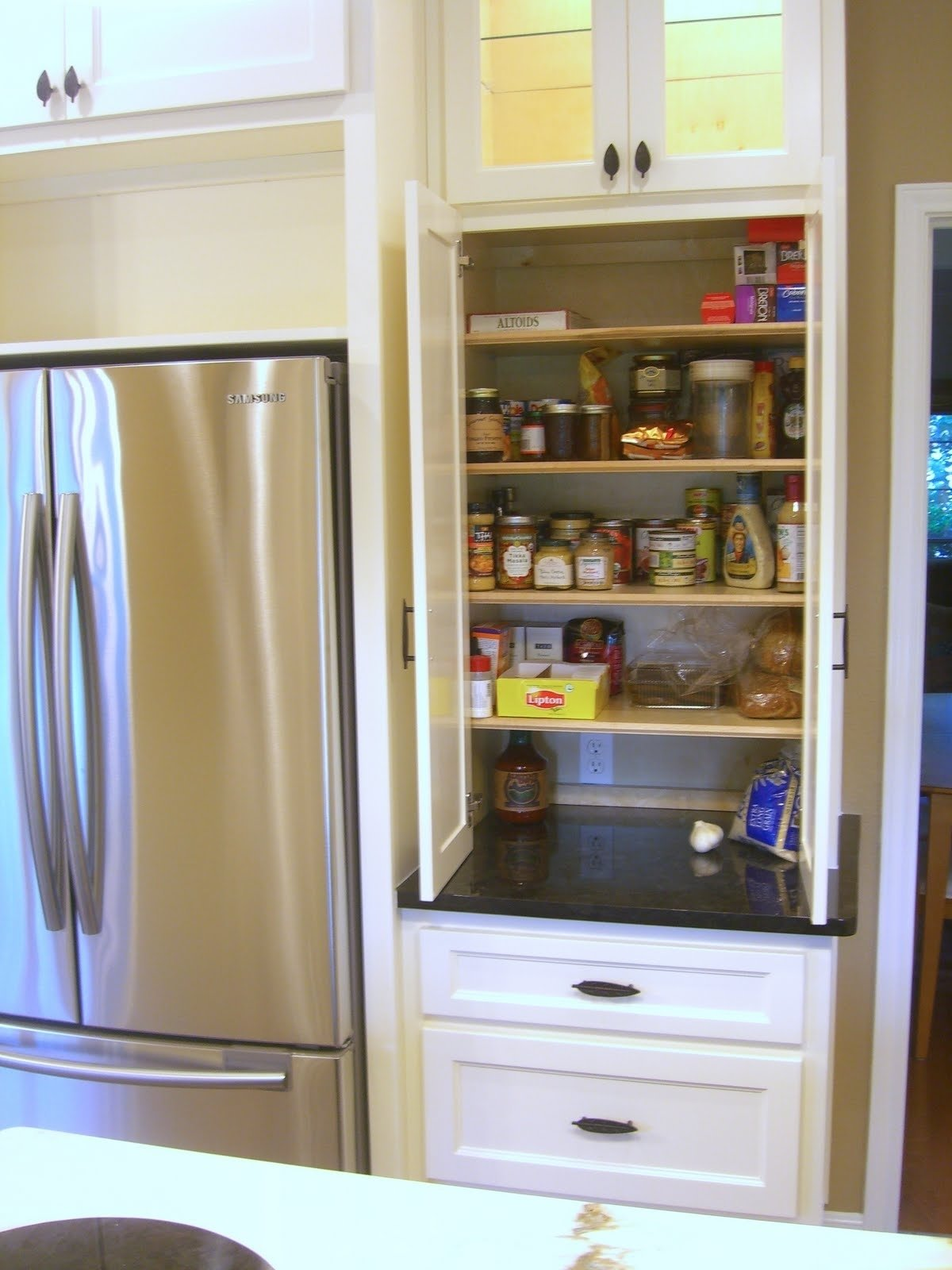 corner pantry ideas for small kitchens • kitchen appliances and pantry