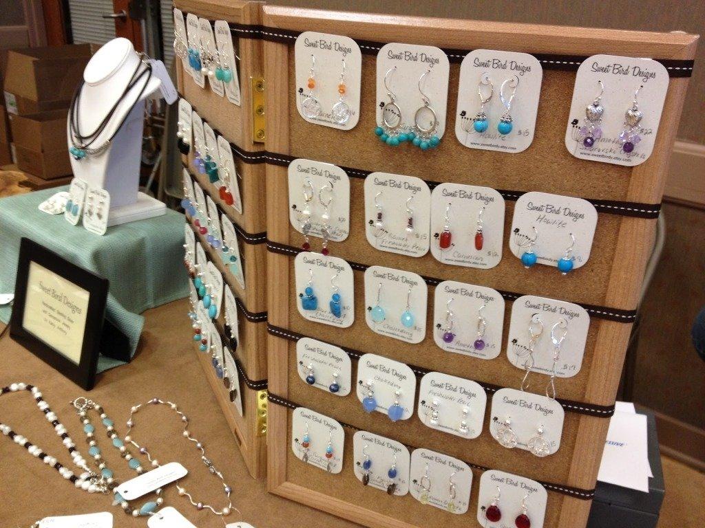 10 Perfect Craft Show Jewelry Display Ideas 2021