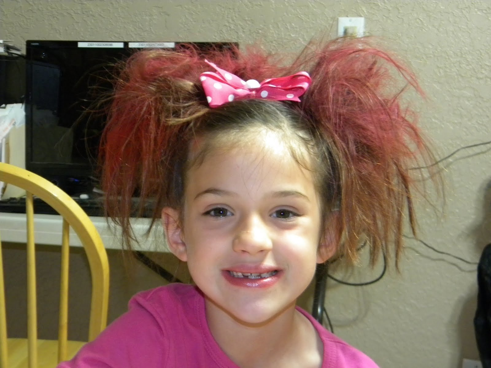 10 Fashionable Crazy Hair Day Ideas For Girls crazy hair day ideas for medium hair styles ideas 46165 1 2021