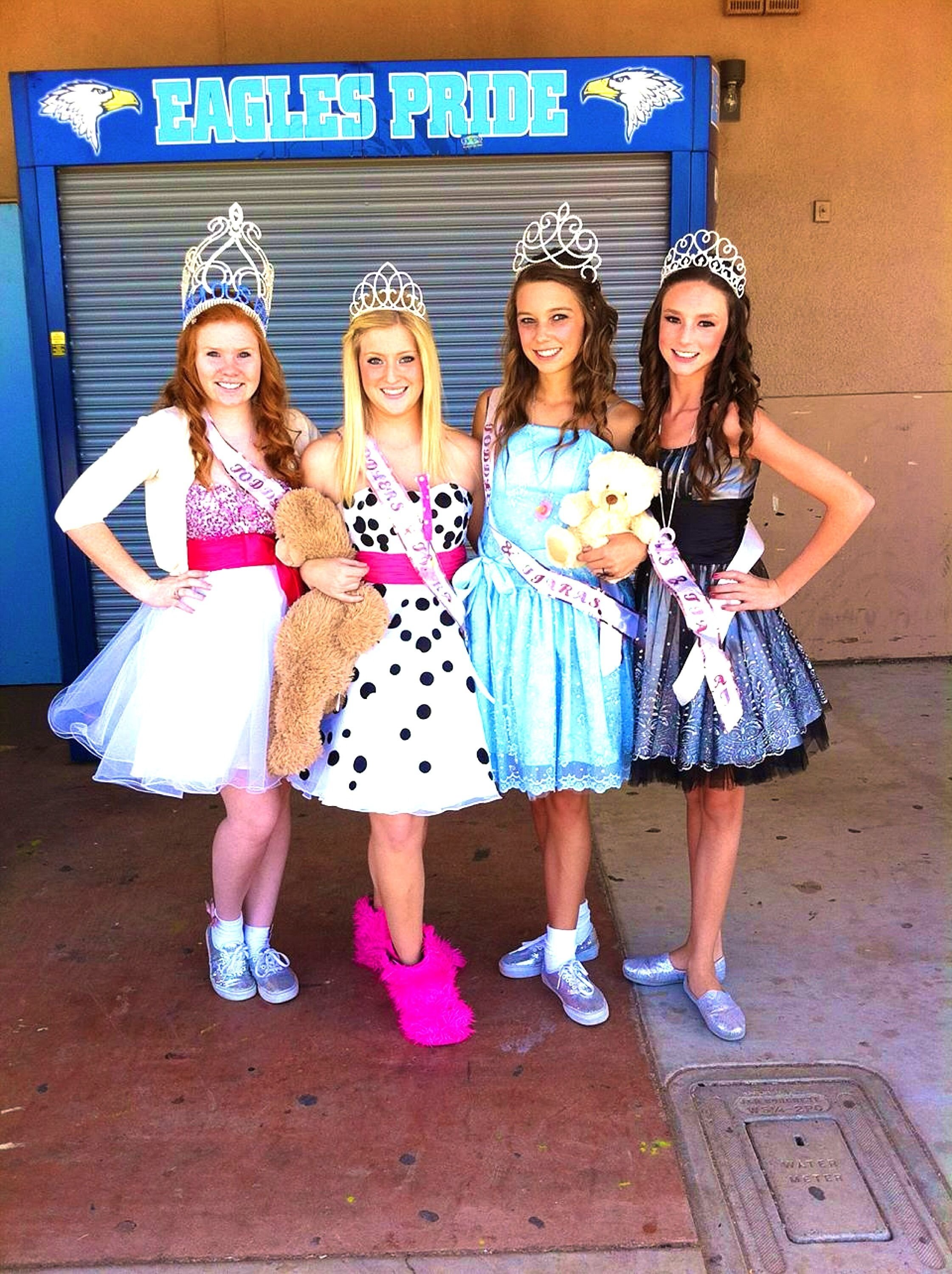 10 Lovable Creative Group Halloween Costume Ideas creative halloween costumes group best friends toddlers and tiaras 2020