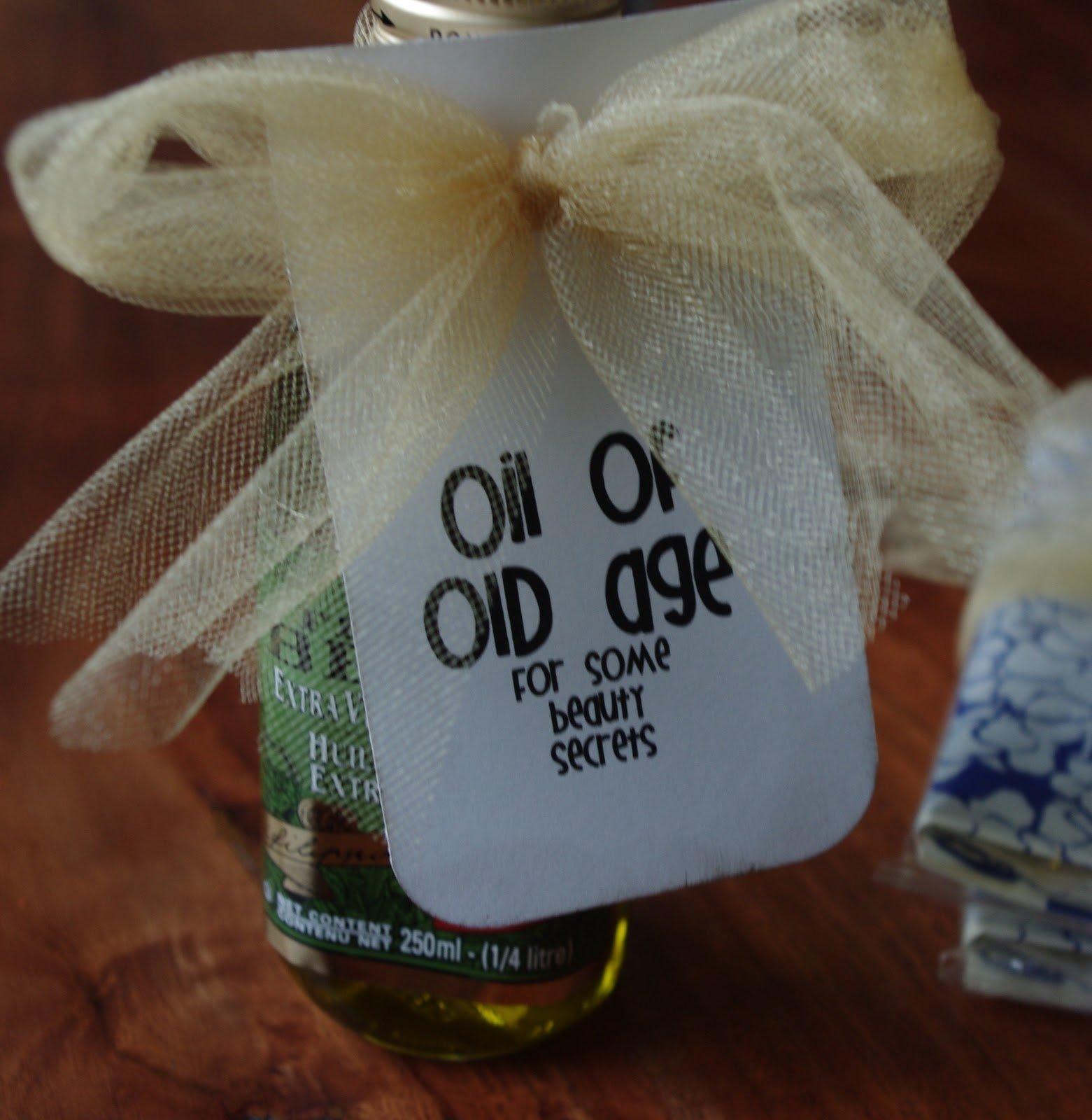 10 Pretty Gift Ideas For Senior Citizens creative tryals senior citizen survival kit 1 2021