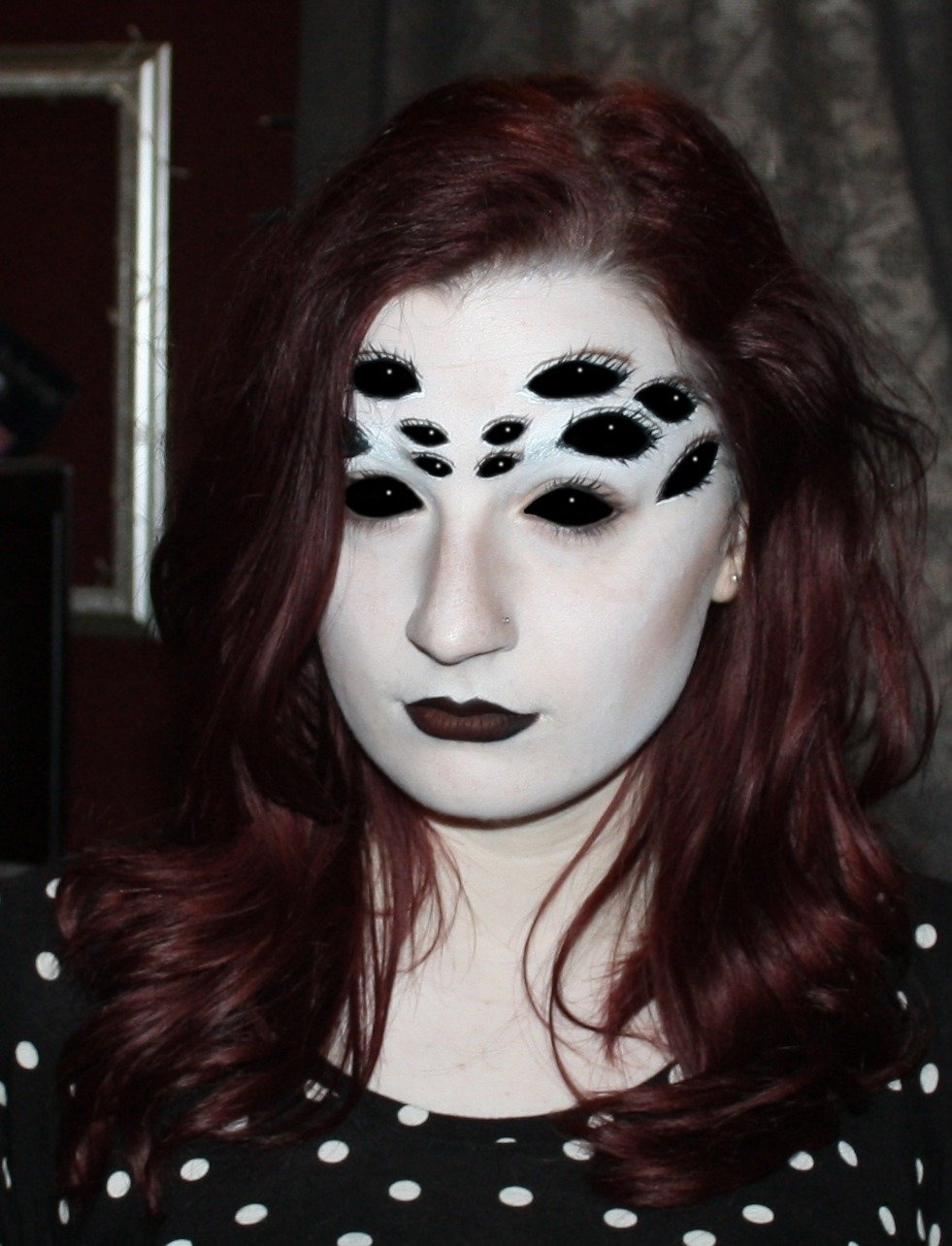 creepy spider eyes make-up design perfect for halloween