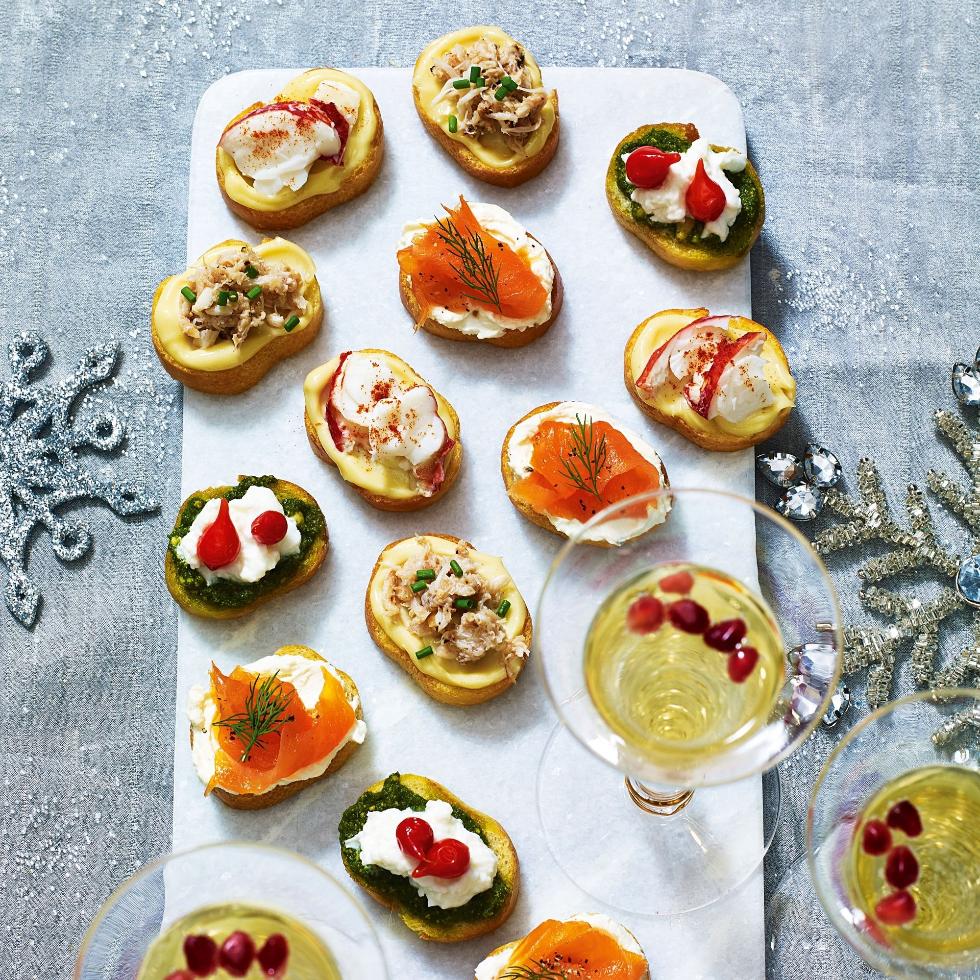 10 Famous Finger Food Ideas For Party crostini platter 2021