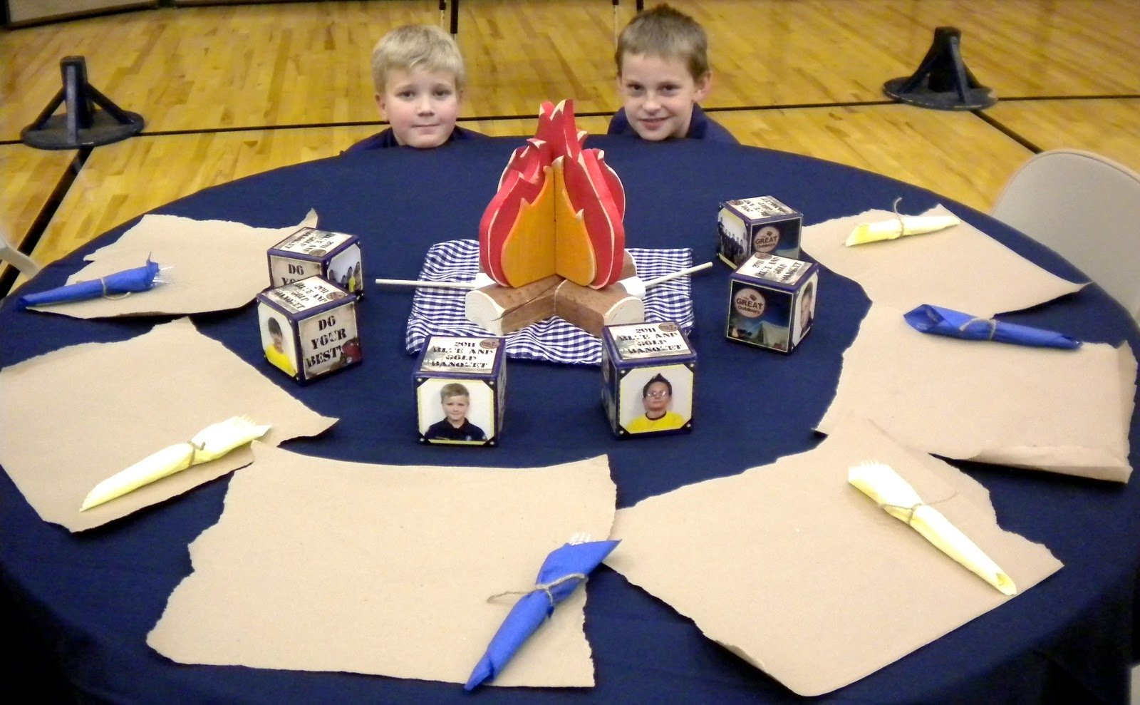 10 Stylish Cub Scout Blue And Gold Banquet Ideas cub scout blue and gold table decoration ideas photograph 1 2020
