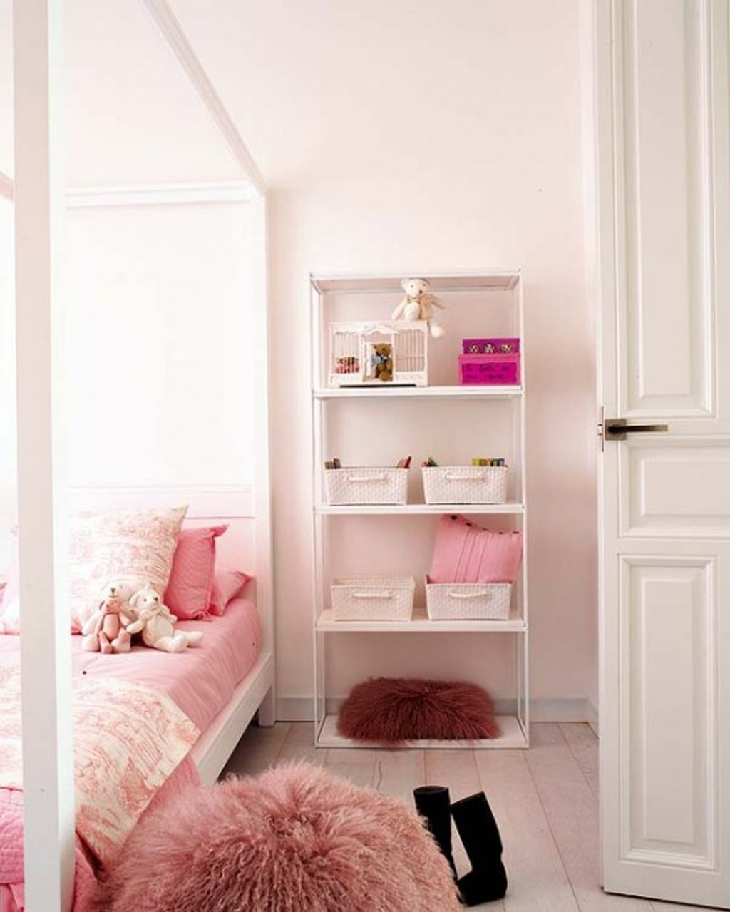 10 Elegant Cute Bedroom Ideas For Small Rooms cute bedroom designs for small rooms nurani