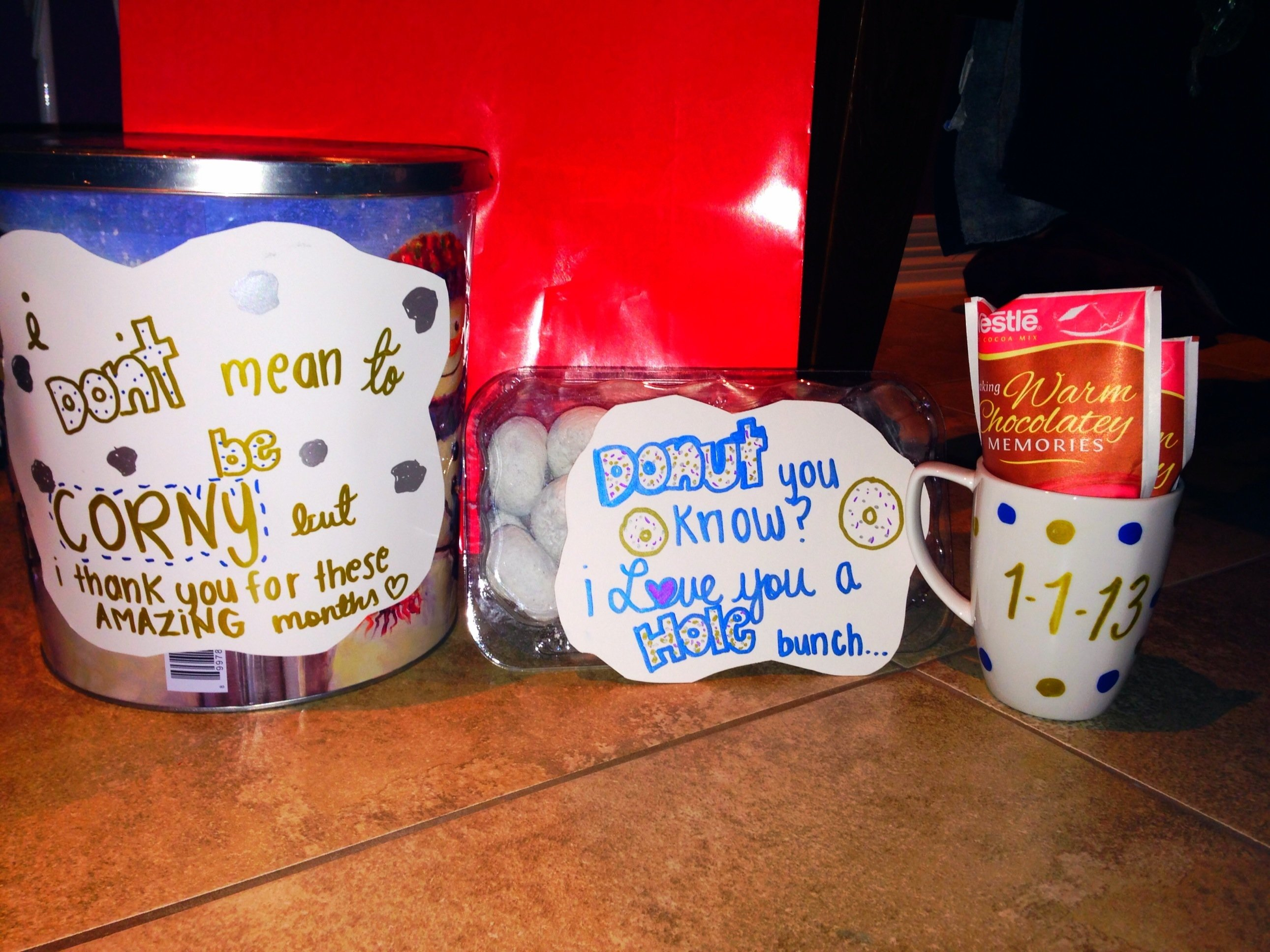 10 Unique Cute Christmas Ideas For Boyfriend cute christmas theme gift for your boyfriend to keep him warm and 12 2021