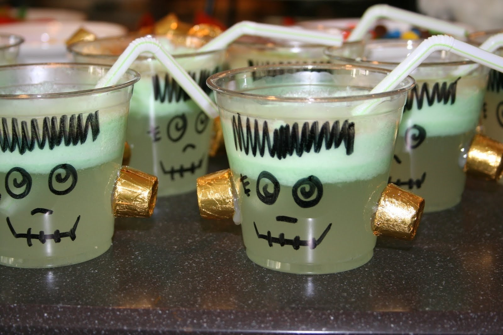 10 Amazing Halloween Drink Ideas For Kids cute food for kids 28 halloween drink recipes for kids 1 2021