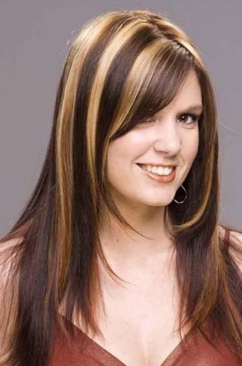 10 Stunning Highlight Ideas For Dark Brown Hair dark brown and blonde highlighted hair women medium haircut 2021