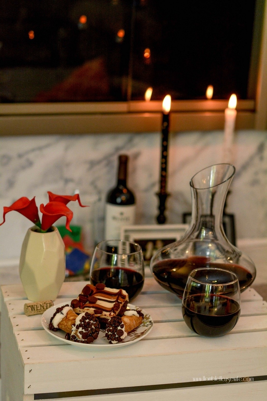 10 spectacular romantic date night ideas at home