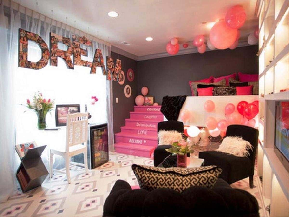 dazzling teen room decor ideas 23 heart photo wall | savoypdx