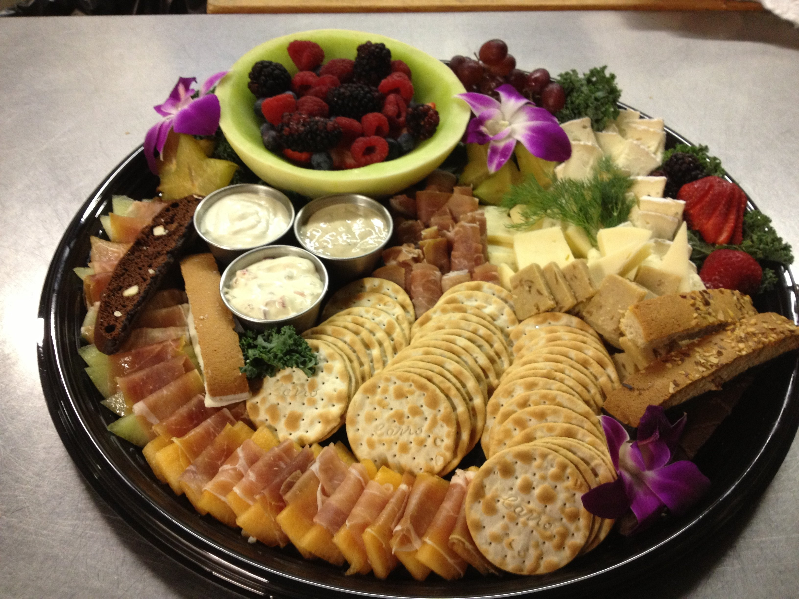10 Fantastic Cheese And Cracker Tray Ideas decor best 25 cheese trays ideas on pinterest thanksgiving fruit
