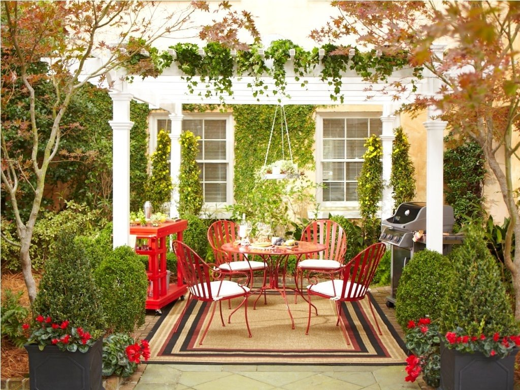 10 Stylish Outdoor Decorating Ideas For Summer decorate an outdoor backyard summer party home designs insight 2020