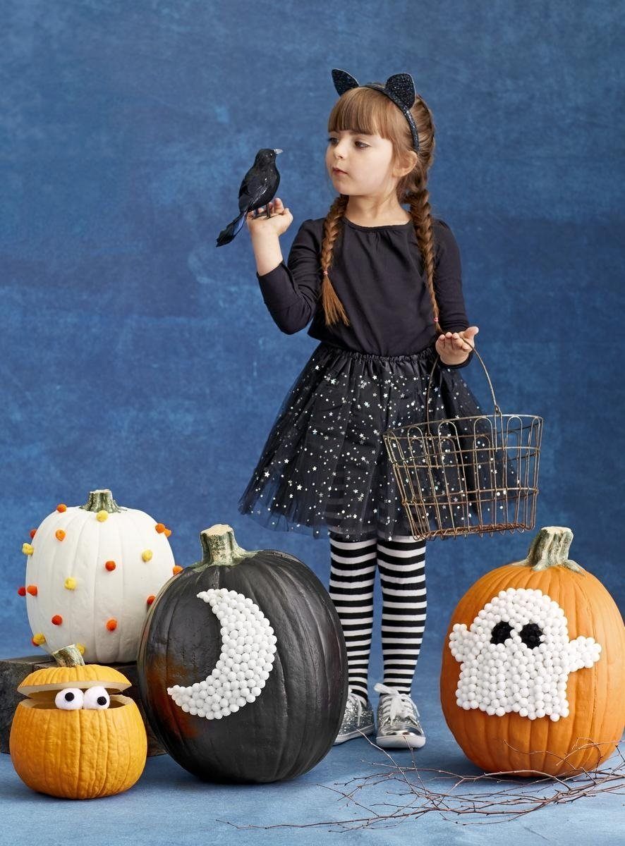 decorate for halloween with no-carve pumpkins