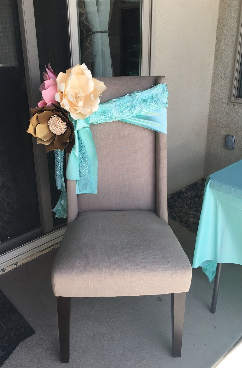 10 Fantastic Baby Shower Chair Decoration Ideas