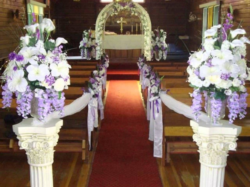 10 great wedding decoration ideas for church 10 great wedding decoration ideas for church decorating a church for a wedding wedding decoration ideas junglespirit Images