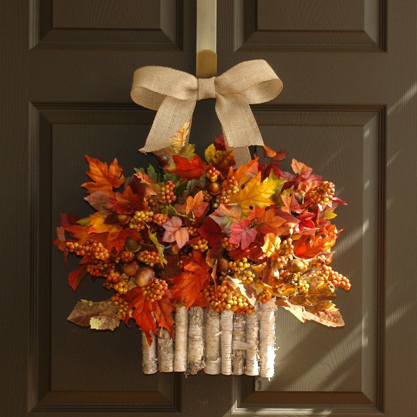 10 Stunning Fall Wreath Ideas Front Door decorating autumn wreaths for wonderful wall and door decor ideas 2020