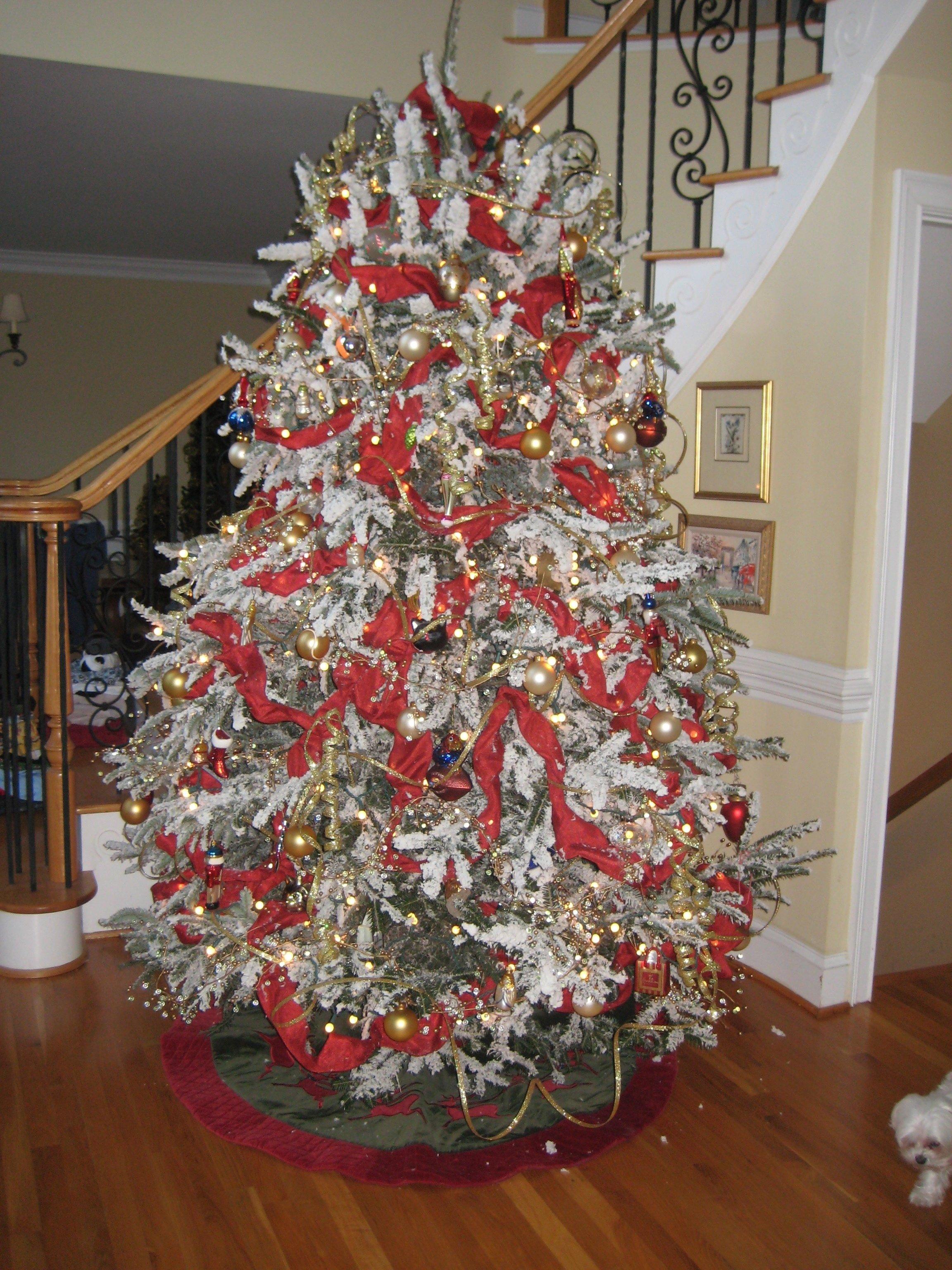 10 Elegant Flocked Christmas Tree Decorating Ideas decorating celebrate the beauty of winter with flocked christmas