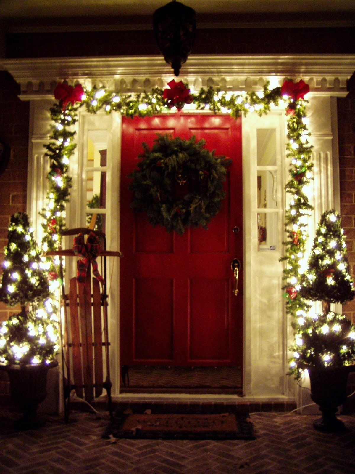 10 Awesome Front Door Christmas Decorating Ideas decorating house for christmas ideas bjyapu how to decorate your 2020