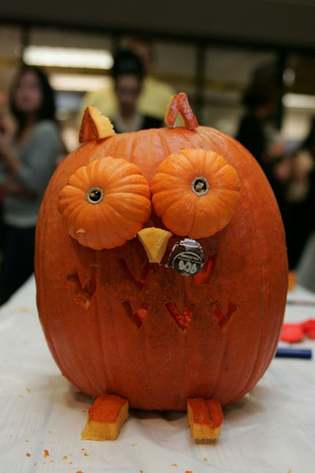 10 Best Cute Couple Pumpkin Carving Ideas decorating ideas contempo halloween party design and decoration 2020