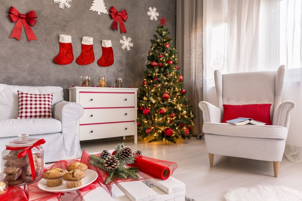 10 Ideal Christmas Decorating Ideas On A Budget decorating ideas on a budget 2021