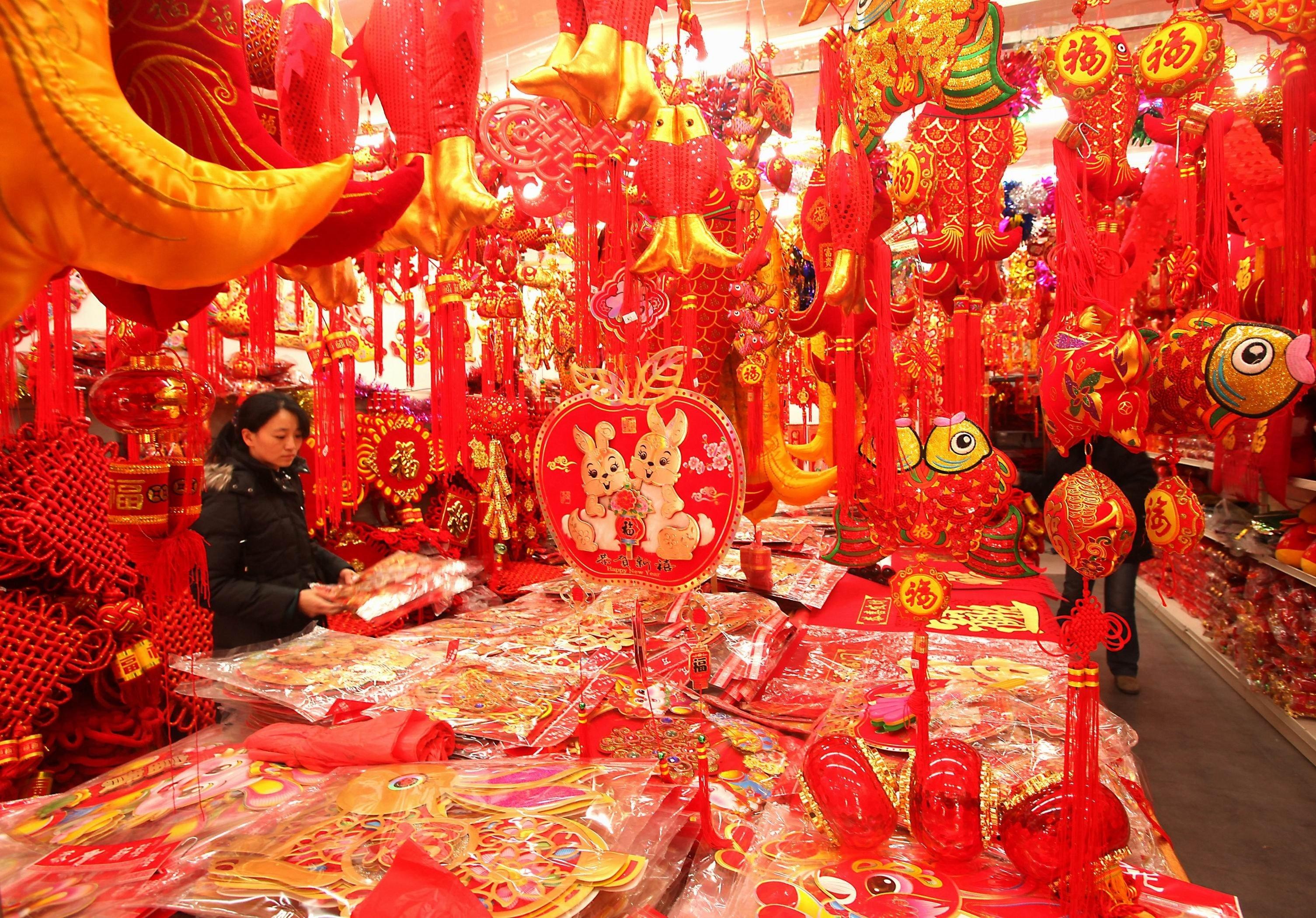 10 Fashionable Chinese New Year Celebration Ideas decorating inspirational chinese new year decoration with chinese 2020