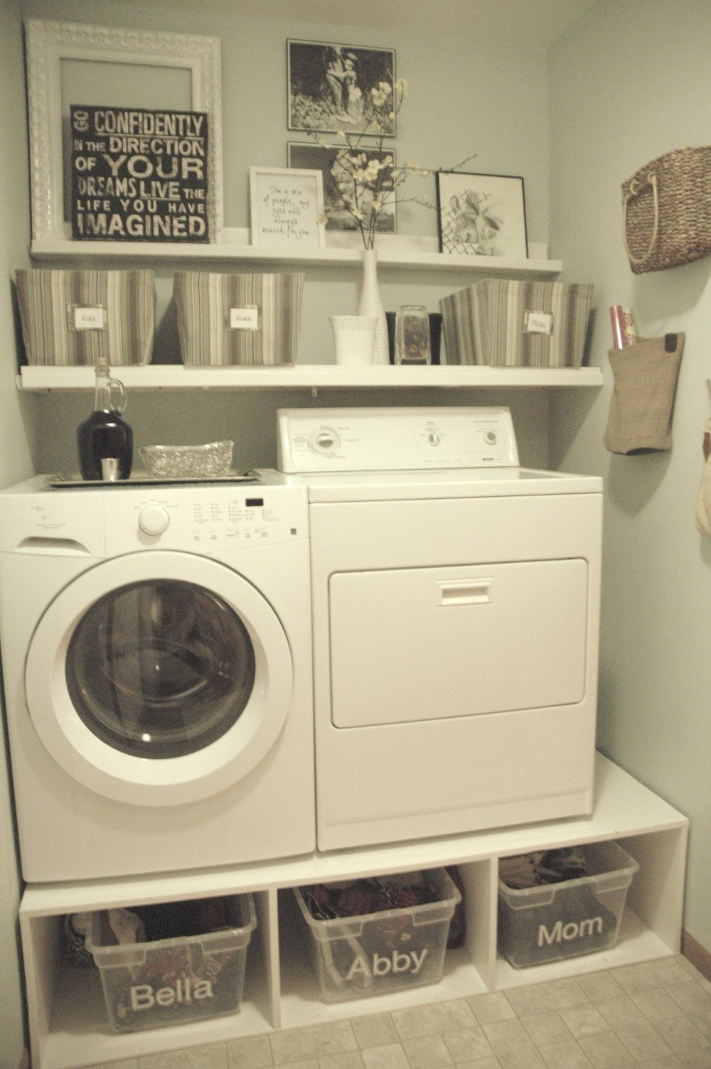 10 Fashionable Laundry Ideas For Small Space