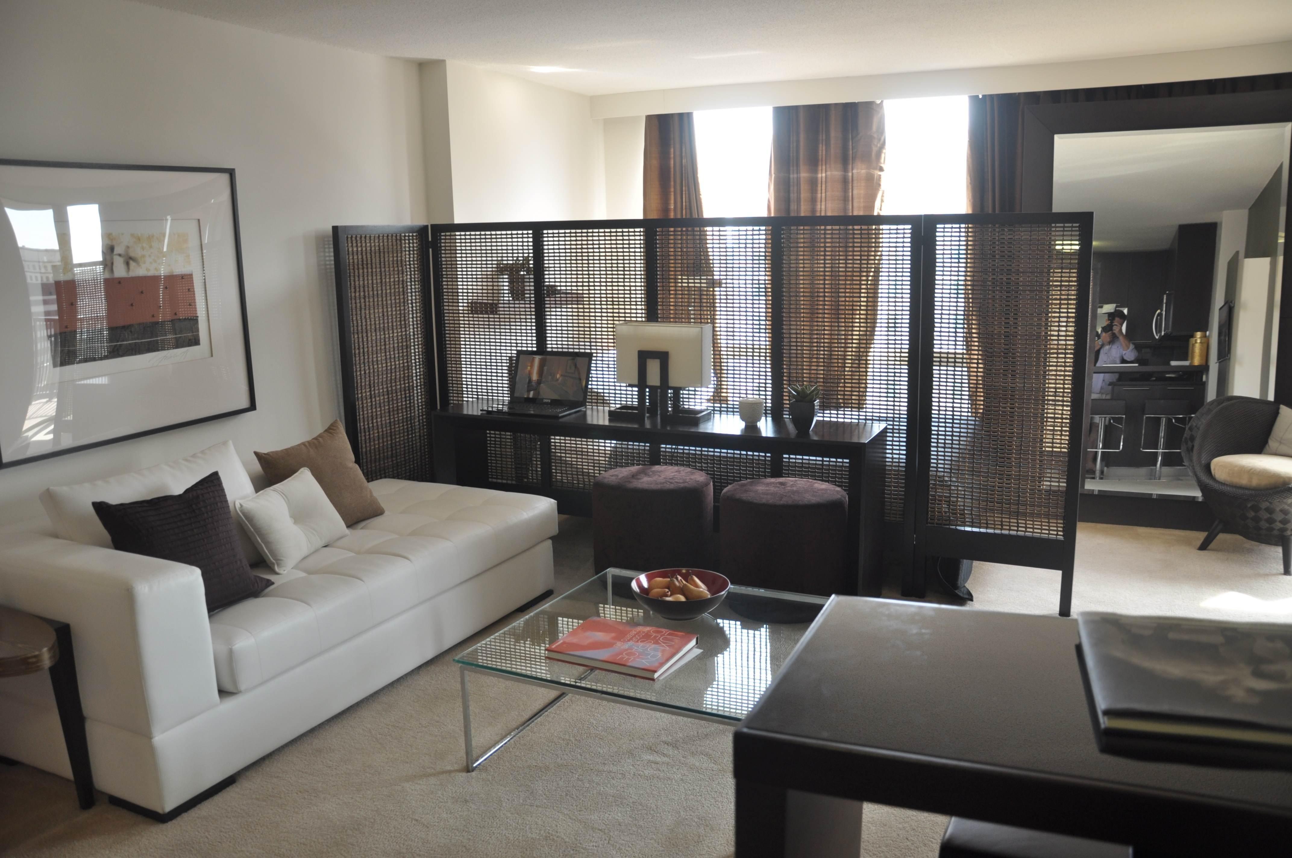 10 Pretty Decorating Ideas For Studio Apartments designs for studio apartments apartment decorating ffdaa 2020