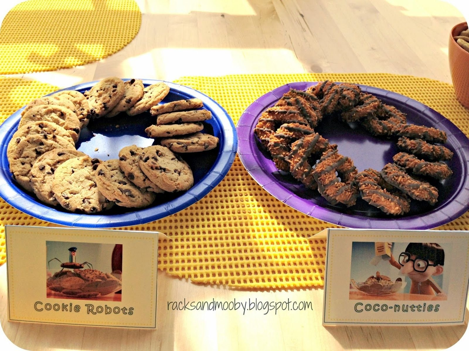 10 Stylish Despicable Me Party Food Ideas despicable me party labels despicable me party cookie robots and