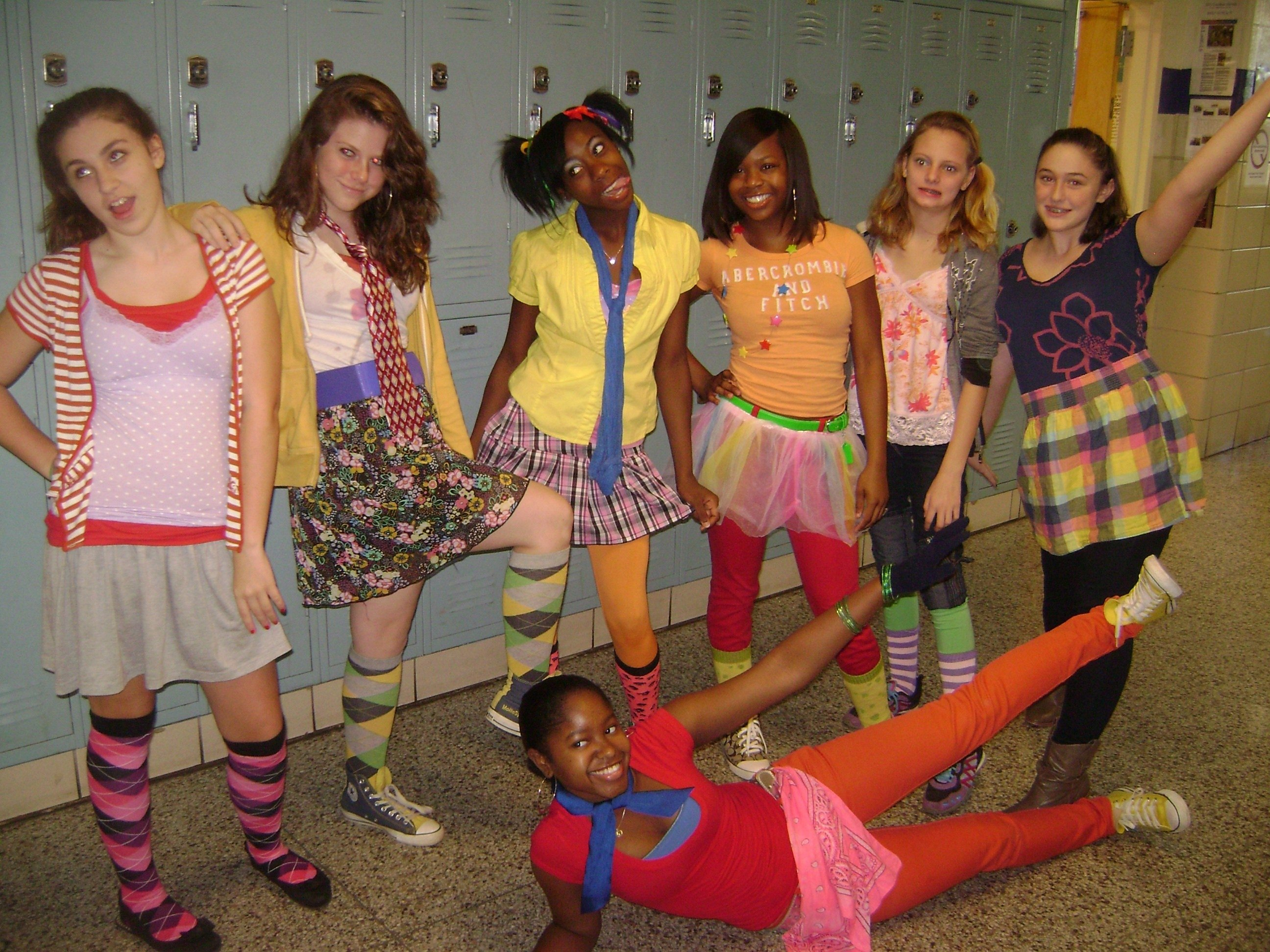 10 Attractive Ideas For Wacky Tacky Day dhs students get tacky for homecoming decatur metro local news 2020