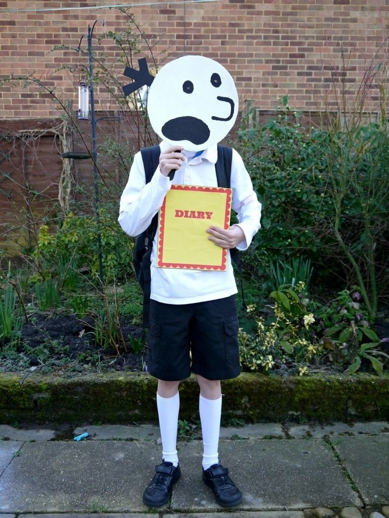10 Gorgeous Diary Of A Wimpy Kid Costume Ideas diary of the wimpy kid wimpy costumes and books 2020