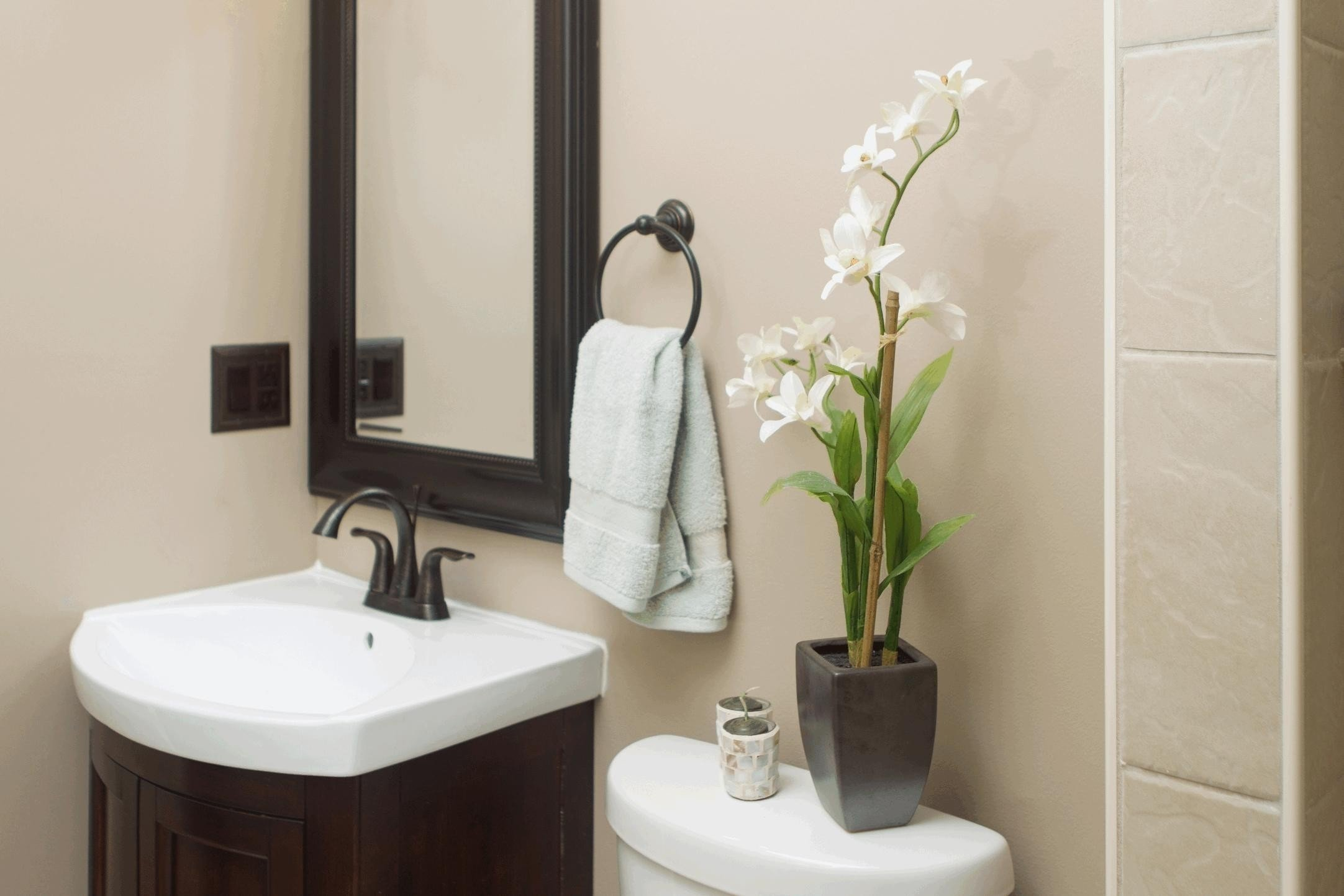 Modern Bathroom Mirror Frame Ideas Inspiration - Picture Frame Ideas ...
