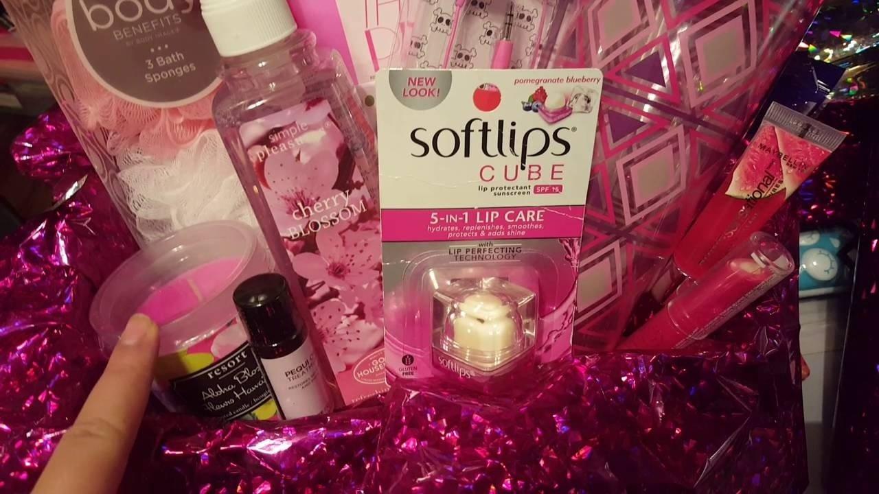 10 Stunning Birthday Gift Basket Ideas For Her diy birthday gift basket for women youtube 1 2020