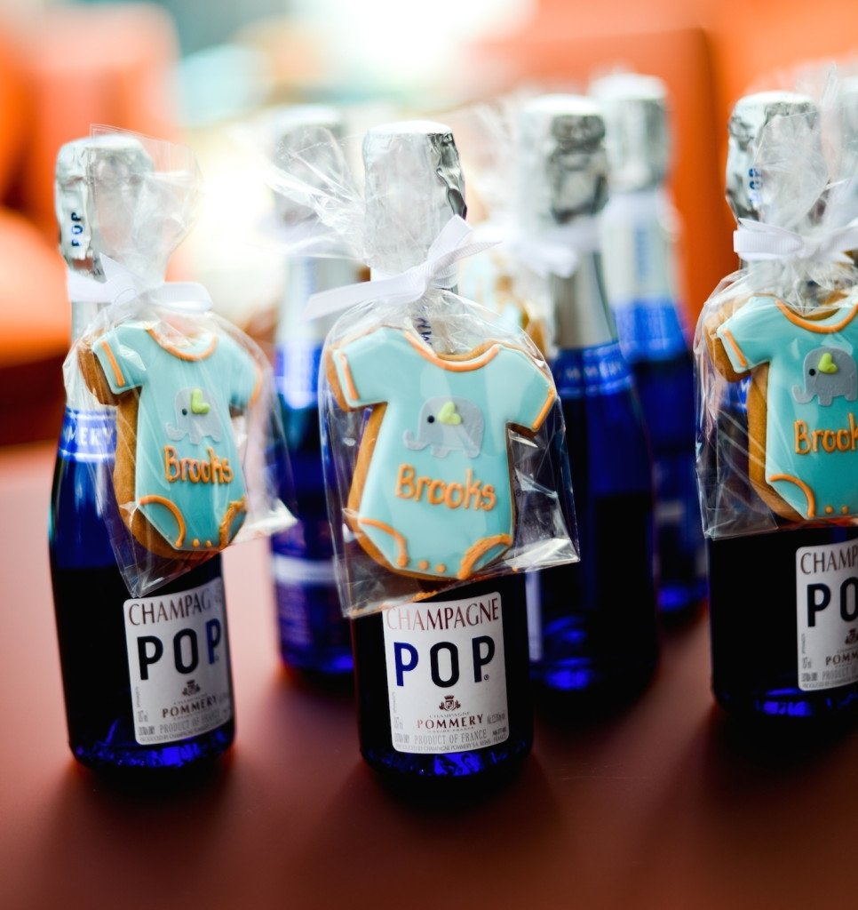10 Perfect Baby Shower Party Favor Ideas diy champagne party favors fashionable hostess 3 2020