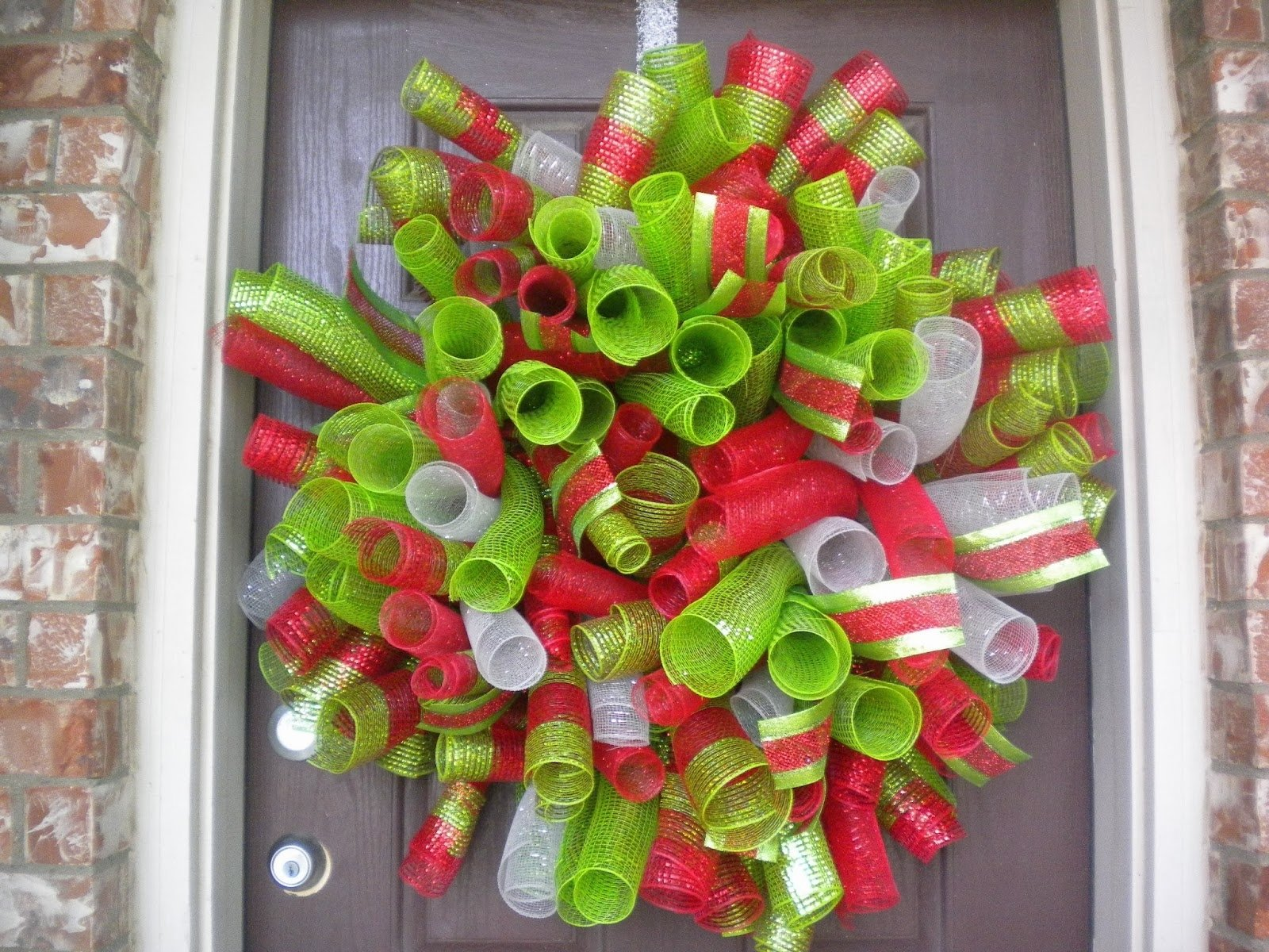 10 Ideal Deco Mesh Christmas Wreath Ideas diy christmas deco mesh curly snowman wreath 2013 2 2020